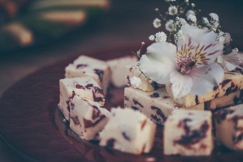 チーズと生花