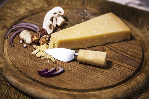 チーズ切りアーモンドナイフ