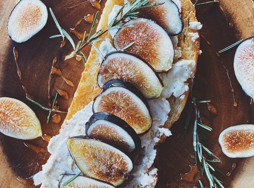 リコッタチーズと蜂蜜